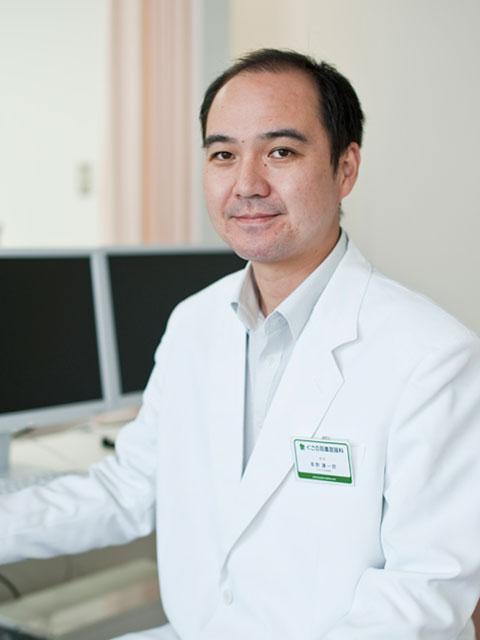 くさの耳鼻咽喉科・小児科 理事長の草野謙一郎です